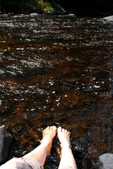 sturgeon river feet